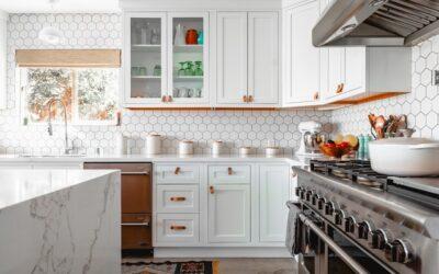 Dekorér dit hjem med vægpaneler køkken
